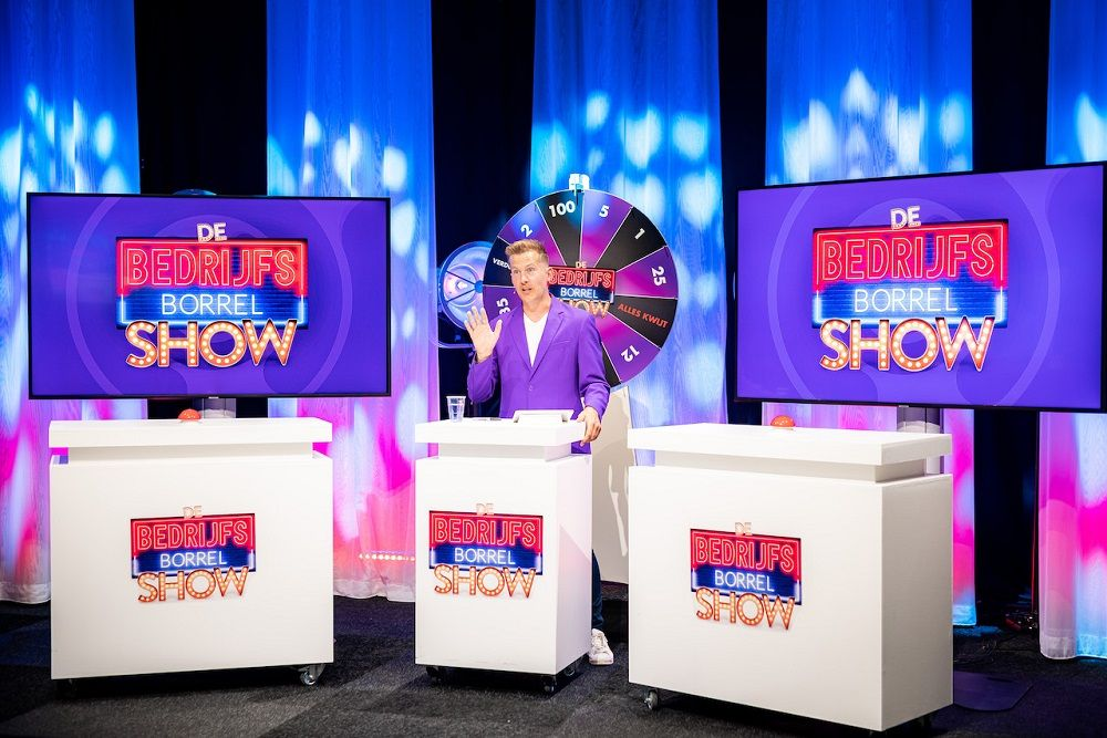 de-virtuele-bedrijfsborrelshow-borrelshow-borrel-show-onlineborrel-online-event-bedrijfsuitje-teamuitje