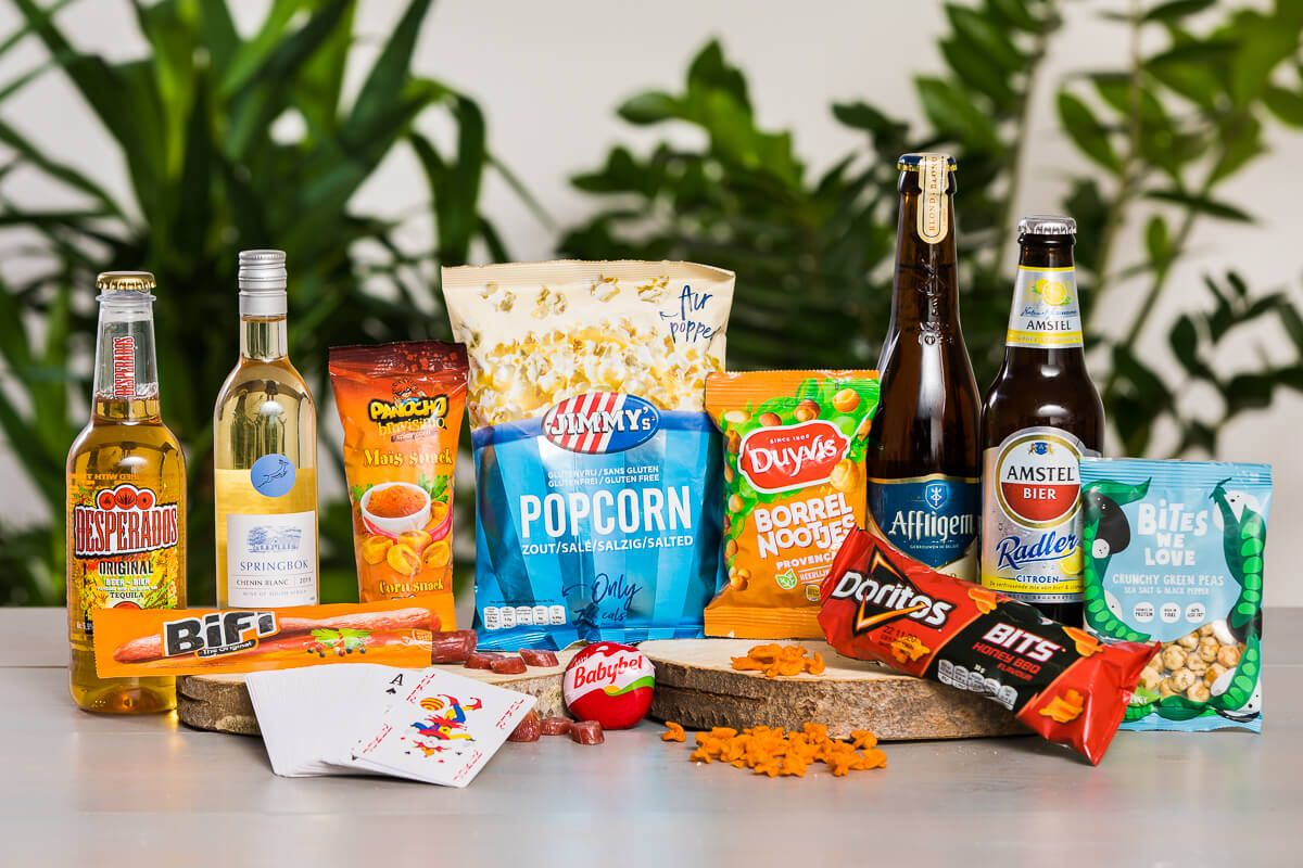 borrelboxen-bestellen-vrijmibo-borrel-box-large-borrelpakket-borrelbox-online-event-borrel