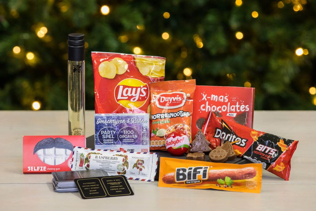 kerstborrel-box-borrelboxen-borrelpakketten-online-event-webinar-kerstborrelbox-brievenbusdoosje