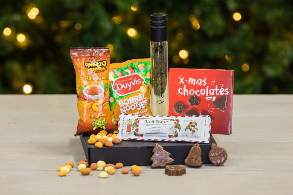 kerstborrelbox-kerst-borrelbox-borrelpakket-boxen-pakketten-online-event-brievenbusdoosje