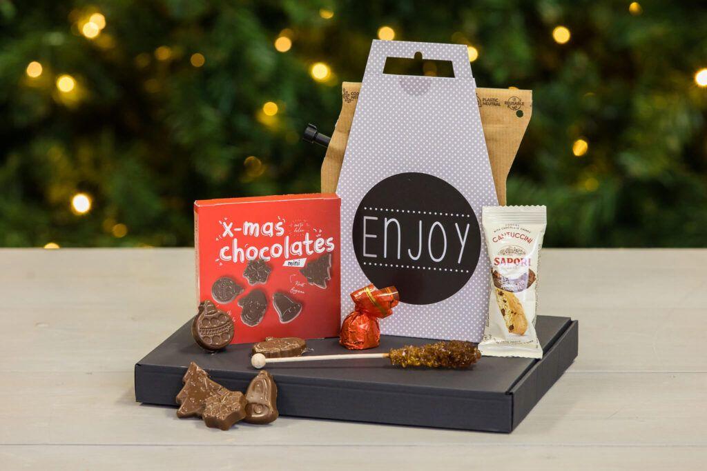 Koffie-box-Coffee-time-box-xmas-kerstborrelbox-kerst-borrelbox-koffiepakket-boxen-pakketten-online-event-koffiebox-brievenbusdoosje