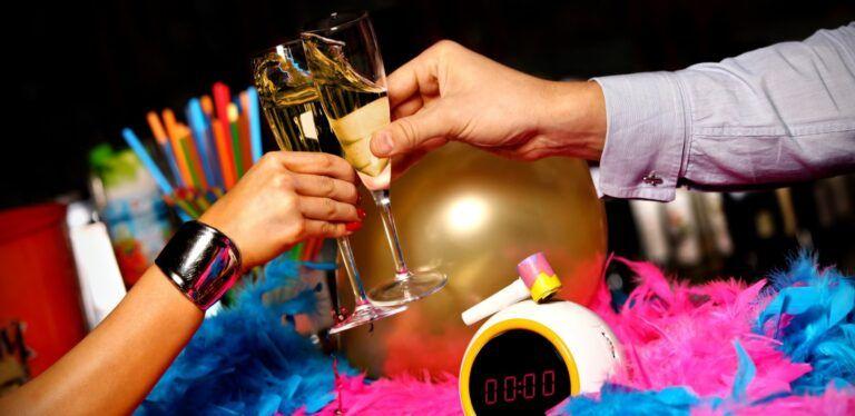 Online-nieuwjaarsevent-nieuwjaarsborrel-online-nieuwjaar-nieuwjaarsevenement-borrel-digitaal-onlineevent-nieuwjaarsreceptie-nieuwjaarsbijeenkomst, digitaal, virtueel, onlineevent