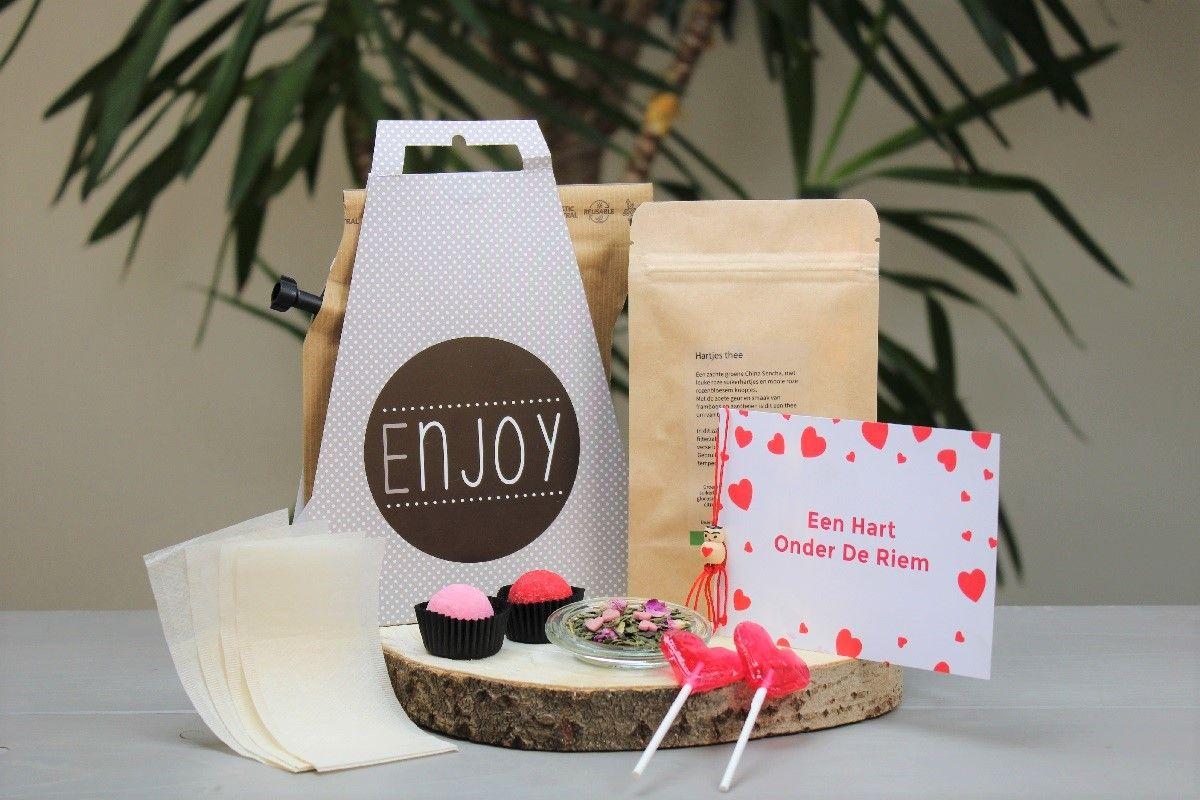 hart-onder-de-riem-box-geluksmomentje-koffiebox-theebox-valentijnbox-valentijnpakket-personeelsgeschenk