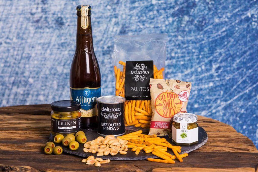 luxe-tapas-borrelbox-met-bier-borrelpakket-online-borrel-event-bestellen-borrel-vip-stijlvol-bierpakket