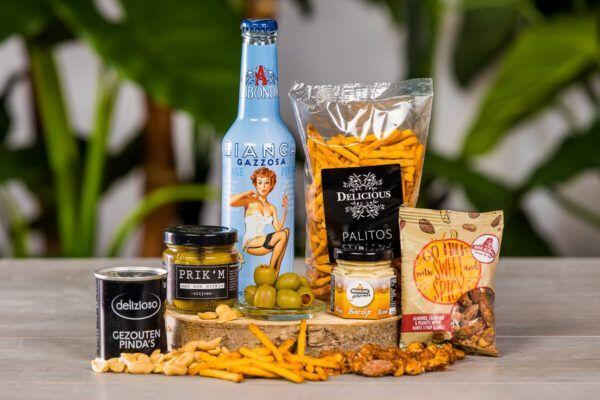 luxe-tapas-borrelbox-met-frisdrank-borrelpakket-online-geschenk-alcoholvrij