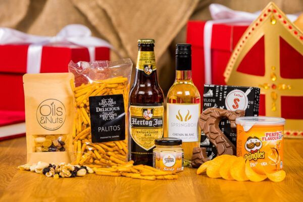 sinterklaas-borrelpakket-large-borrelbox-borrelen-versturen-geschenk-sint