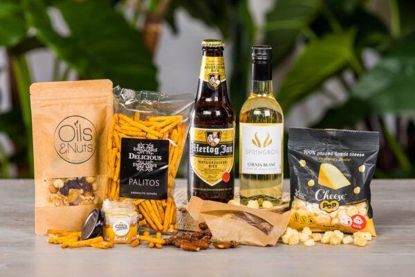 vrijmibo-borrel-box-large-borrelpakket-bestellen-bezorgen-online-event-borrelen-zakelijke-borrel-bier-wijn-met-alcohol